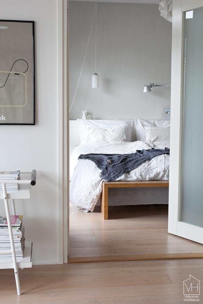 makuuhuone_ovelta