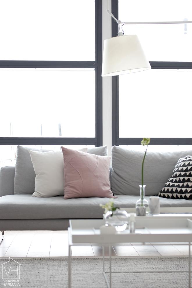 livingroom_bylassen_pillow