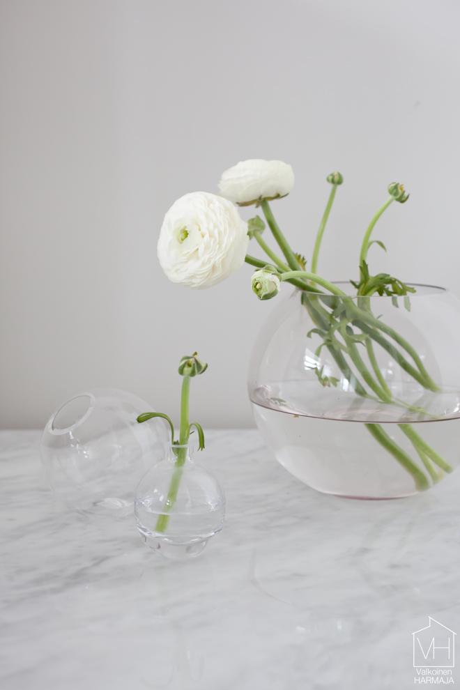 round_vases