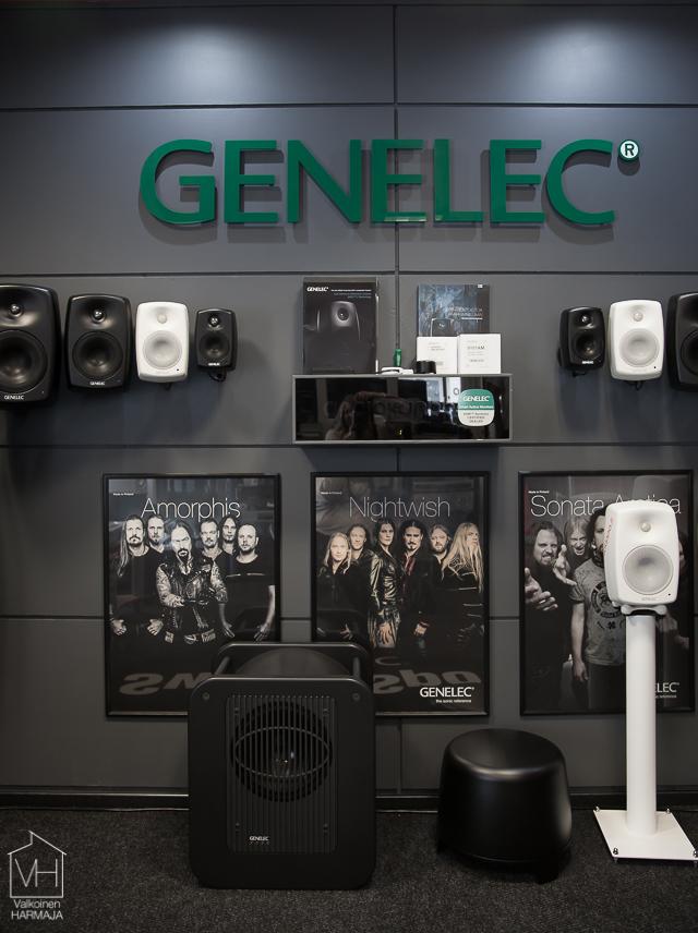 genelec-8936