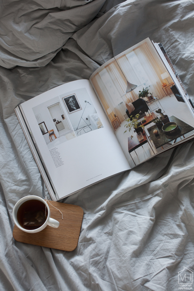 residence_bookazine_bed